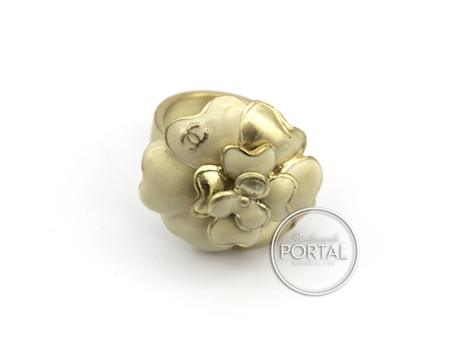 Chanel Vintage - Camelia Ring - Bagues in Gold