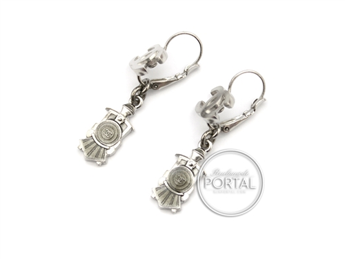 Chanel Vintage - Earrings - Boucles Oreille - in Brushed silver with Train Front design