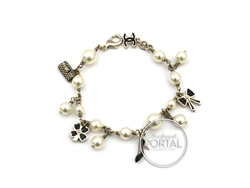 Chanel Vintage - Pearl Bracelet - Charms in Gold with Black Enamel