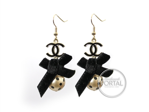 Chanel Vintage - Earrings - Black Ribbon with Black Enamel Gold CC and Drop Pearl with Black dots